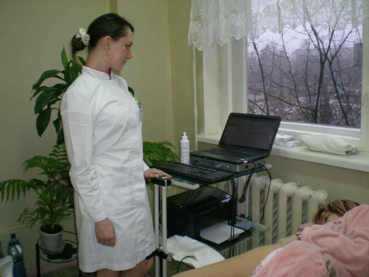 Лечебная гимнастика при распространенном остеохондрозе позвоночника